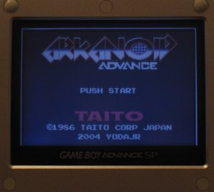 DL9SEC GBA flascart running Arkanoid